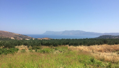 Plot with unobstructed sea view in Kissamos